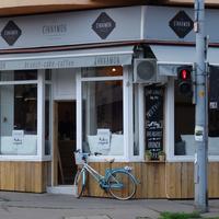 A világ legkényelmesebb ülőhelyét egy új budapesti reggelizőhelyen találtuk meg