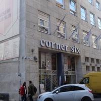 Egy kávét a volt MSZP székházban? - Café Six