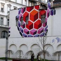 Elfogytak Budapest szabad tűzfalai? Lefestették az első budapesti tűzfalfestményt, a Vasarelyt
