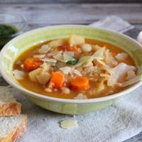Nyári gyors minestrone leves