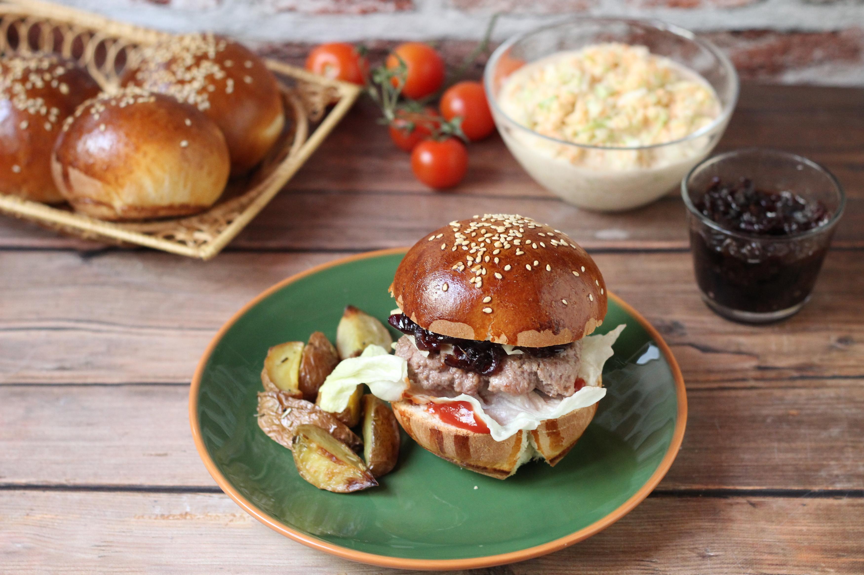 Hamburger a grillről - Elő a grillekkel és süss hamburgert!