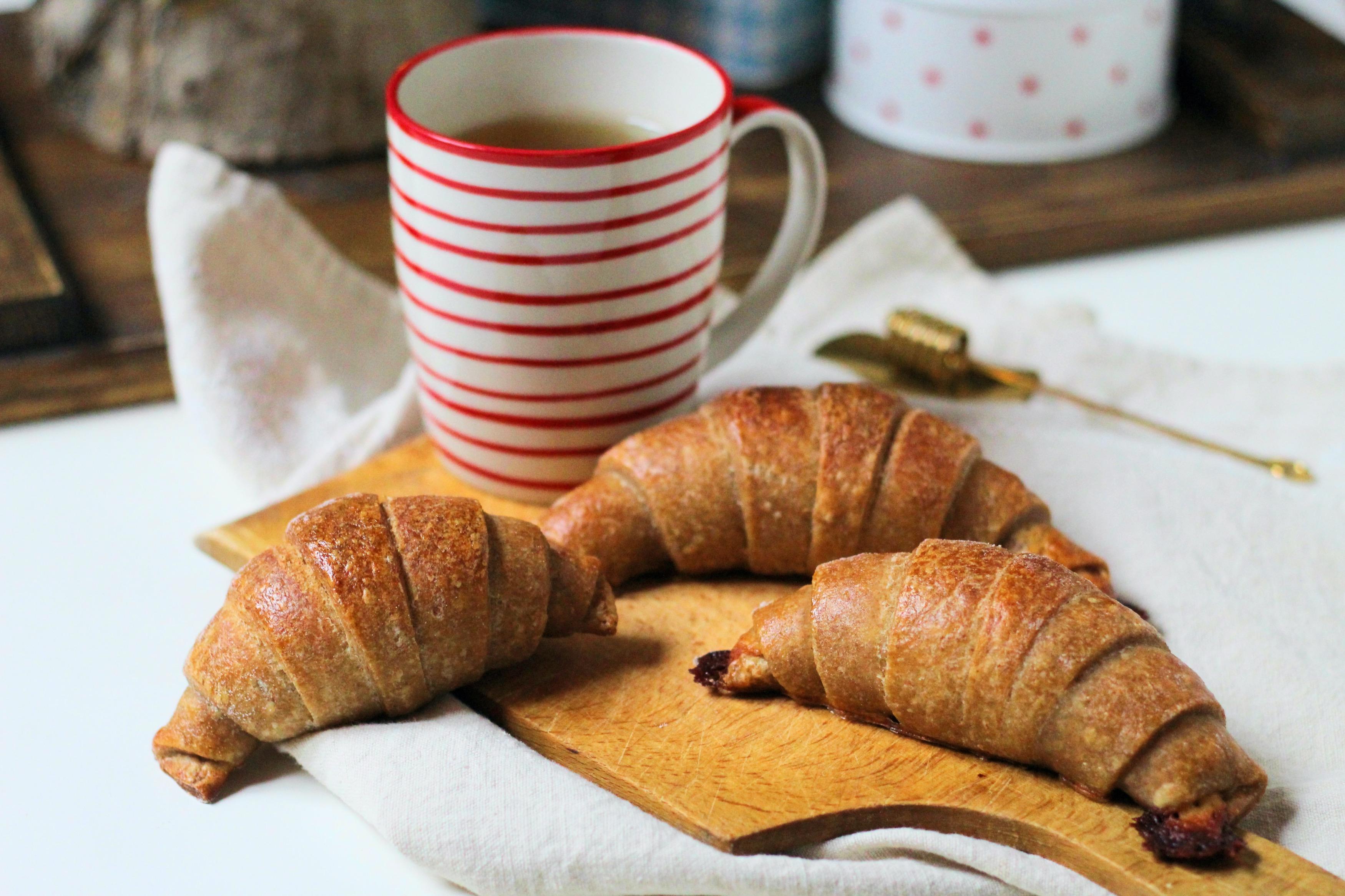 Sajtos croissant kovászos leveles tésztából