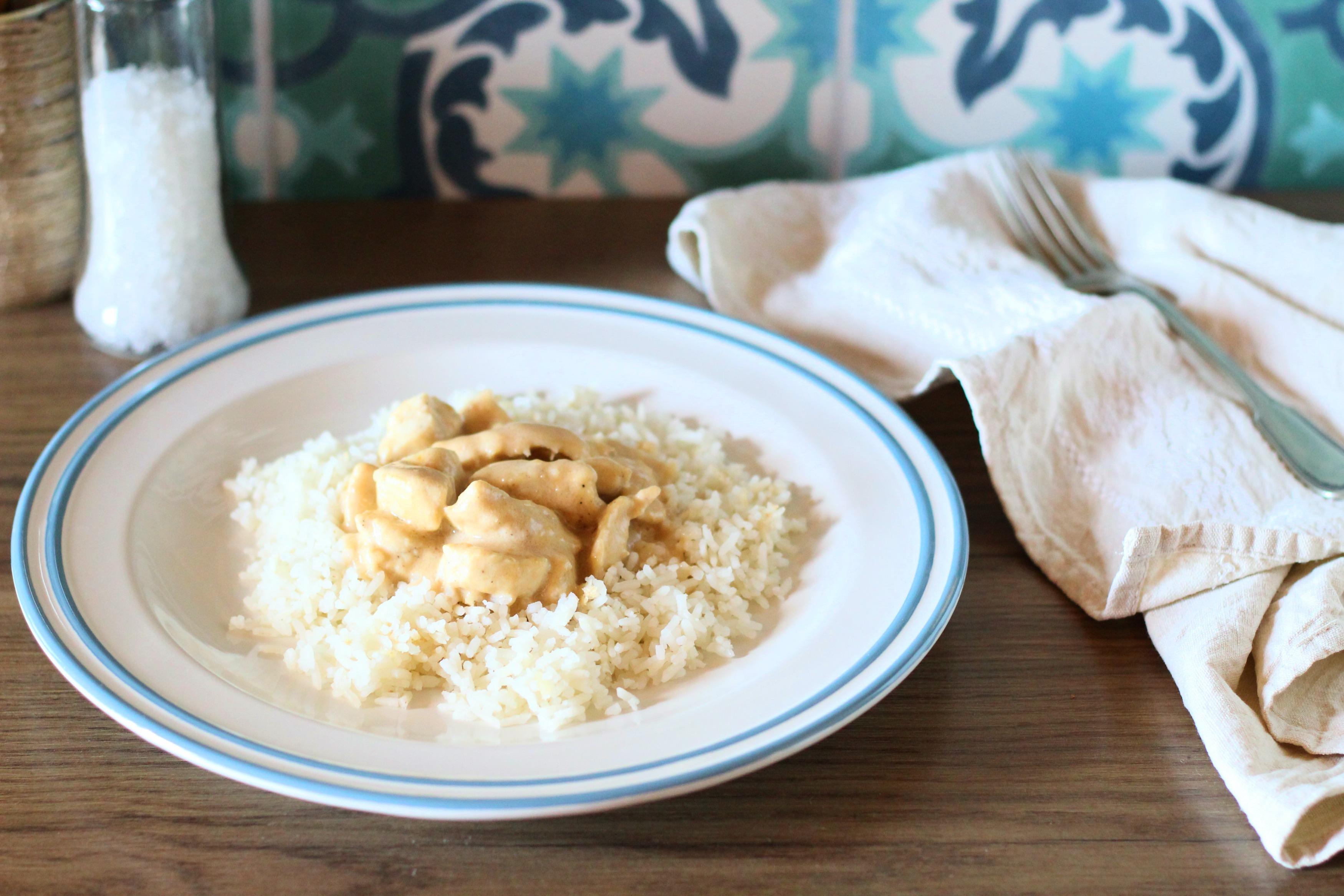 Mogyoróvajas-kókuszos csirke
