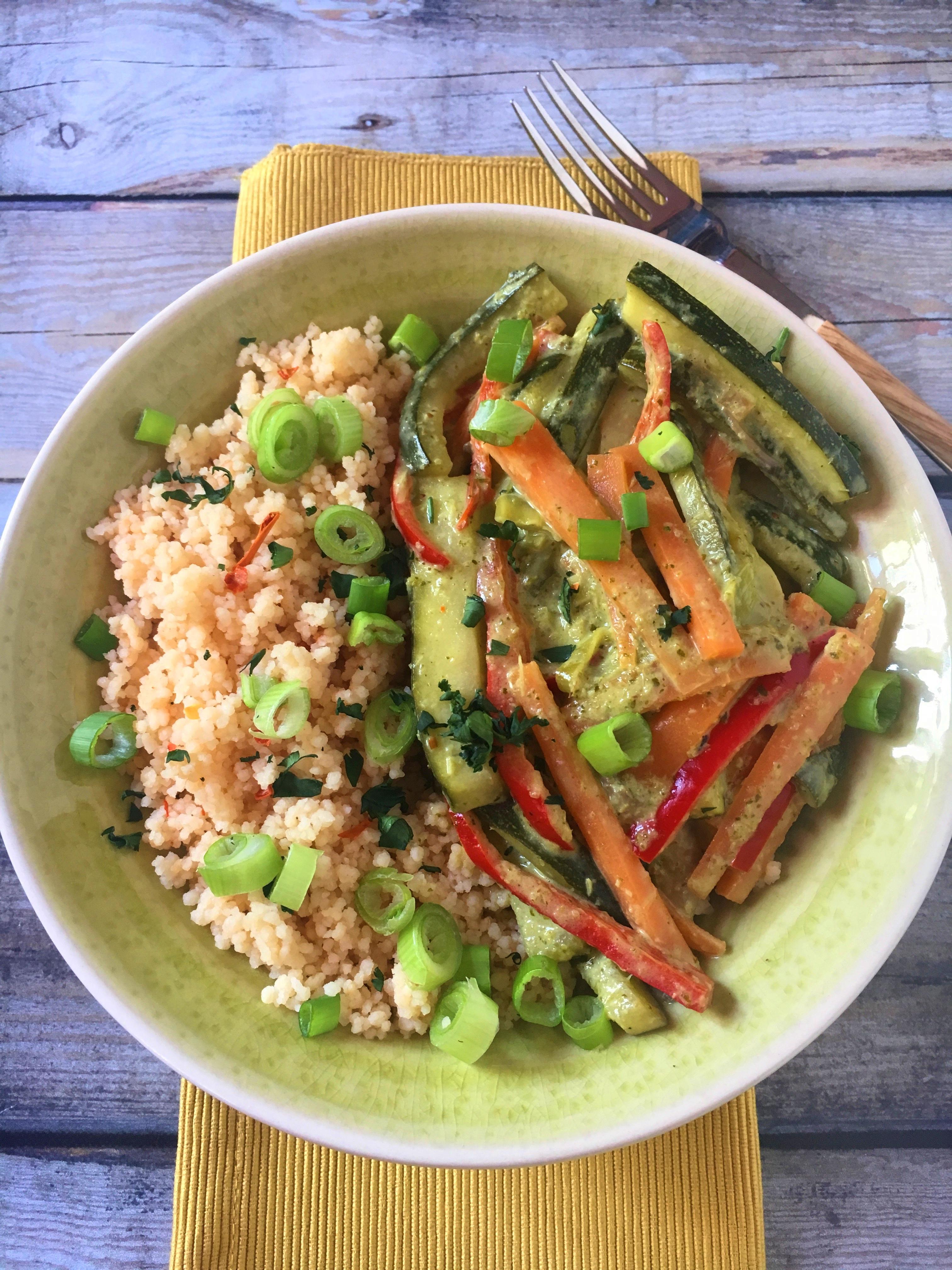 Zöldség curry kuszkusszal