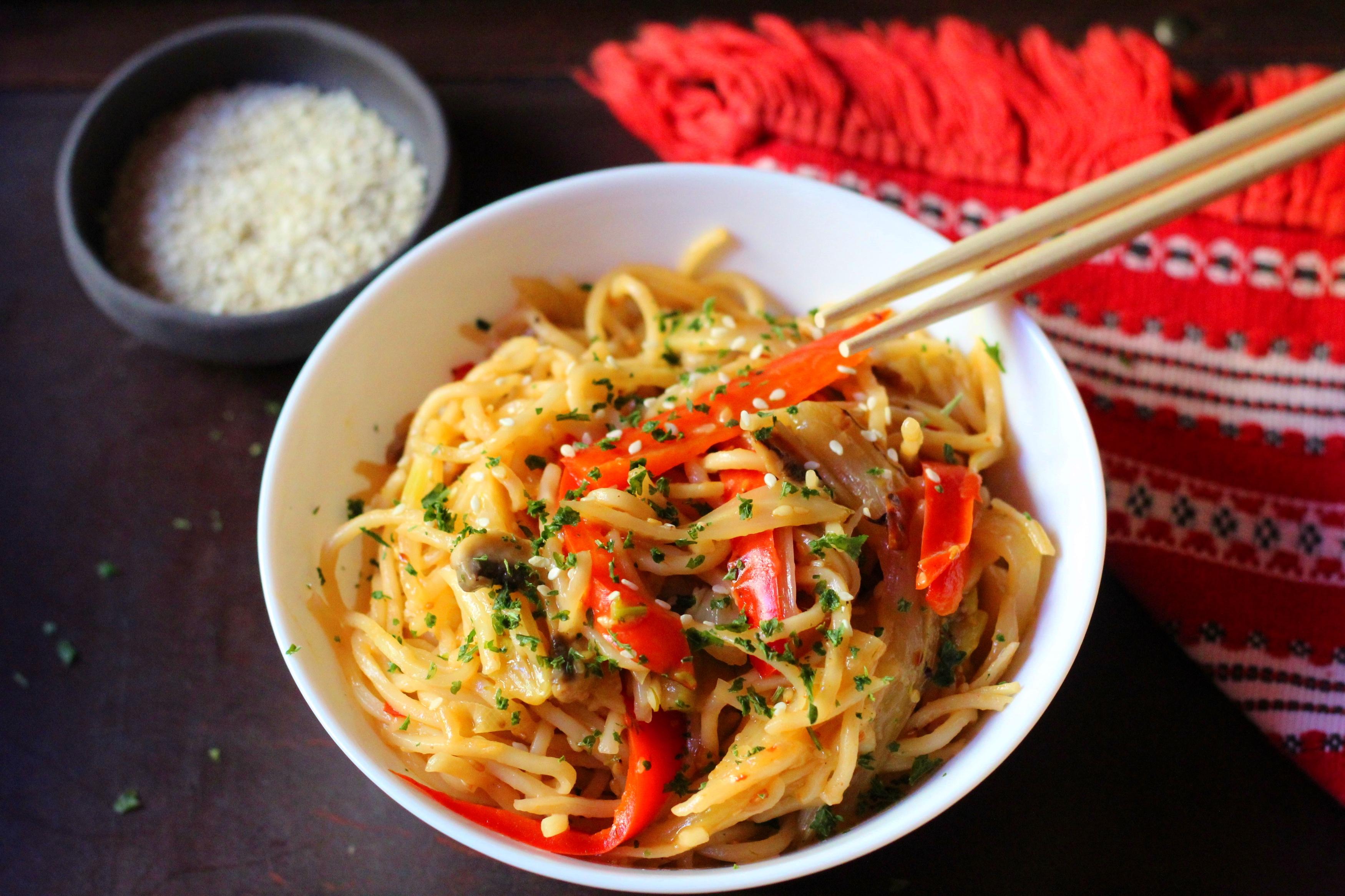Zöldséges rizstészta