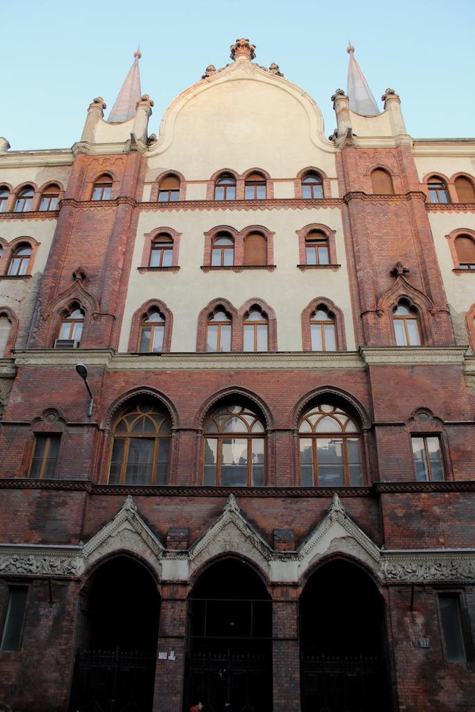 Volt BÁV-Székház, Lónyai utca 30-32.