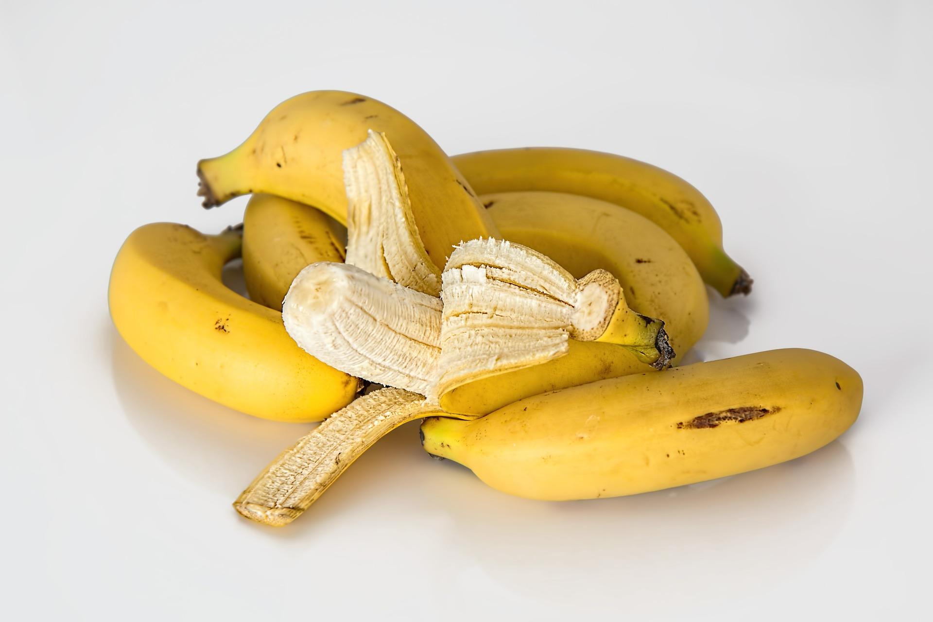 banana-614090_1920.jpg