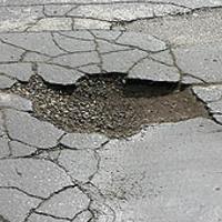 Hűvösre tett Hűvösvölgyi út - avagy idén is elmarad a Hűvösvölgyi út burkolatcseréje