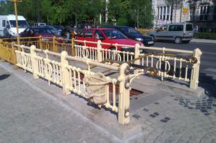 Bajza utcai Millfav korlát - buhera százezer