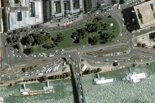 Átalakuló Roosevelt tér. Hogyan?