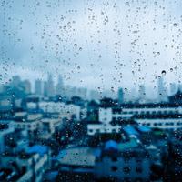 Esős, őszi este...