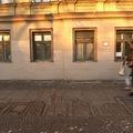 Vigyázat, frissen fagyott utcai művészet: víz-graffiti a téli hónapokra