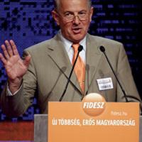 Lázár György helyettes államtitkárából köztársasági elnök?