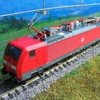 Modelleisenbahner cikk, a Tillig BR189 villanygépéről
