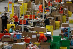 Az e-kereskedelem a logisztikai központok és a fejlesztések tükrében