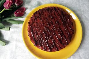 Eperkrémes torta (részben nyers)