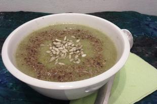 Brokkoli krémleves (vegán)