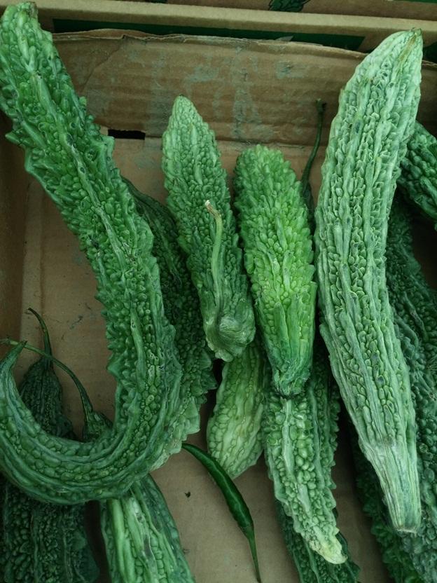 Ezt a növényt sok helyen láttam már. Elég elterjedt itt, Londonban. Tudja valaki a nevét, vagy receptet hozzá?