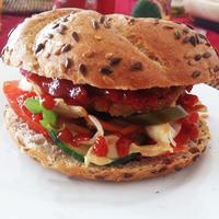Csicseriborsó burger