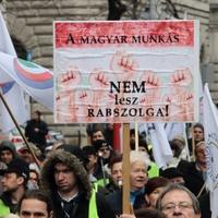 A Fidesz Brüsszelben is szembemegy a munkavállalókkal