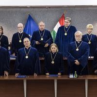 Magyarországon bárhogyan lehet jogot alkotni?