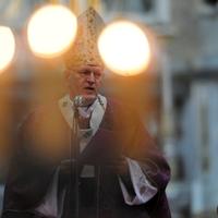 Mi történne, ha Erdő Péter lenne a pápa?