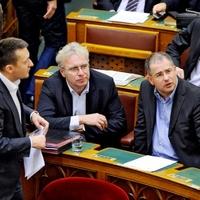 Fidesz, adók, adók, adók: 2013-tól más világ jön?