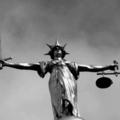 Jó ötlet egy politikus közeli hozzátartozójára bízni az igazságszolgáltatást?