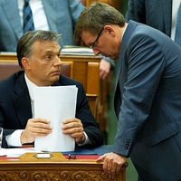 Esik szét? Orbán meggyengült, Járai és Matolcsy egymásnak mentek