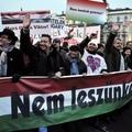 A Fidesz kizárólag a politikai analfabétákra épít