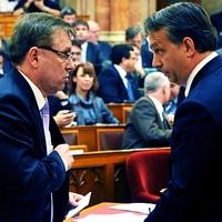 Orbán nagy stratégiája: csak valahogy kihúzzuk!