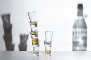 """Mérlegen az alkohol: Mennyi is valójában az a """"túl sok""""?"""