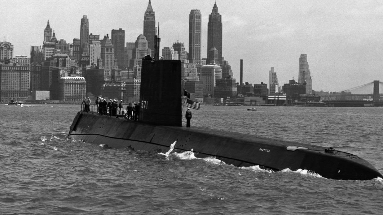 ussnautilus-newyork.jpg