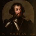 Milyen kapcsolat van Macbeth és Szent István között?