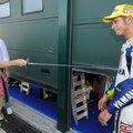 Megszúrták Valentino Rossit