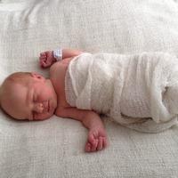 Megszületett Linett!