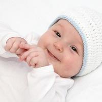 """Új lehetőség a lombikbébi kezelésekben: """"karyomapping"""" eljárással diagnosztizált embrió beültetését követően megszületett az első kisbaba Magyarországon"""