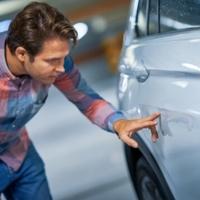 Behorpadt az autód? Ne pánikolj, ezzel simítsd ki!