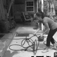 Feltalálták: 60 m-es mágikus locsolócső, ami nem gabalyodik
