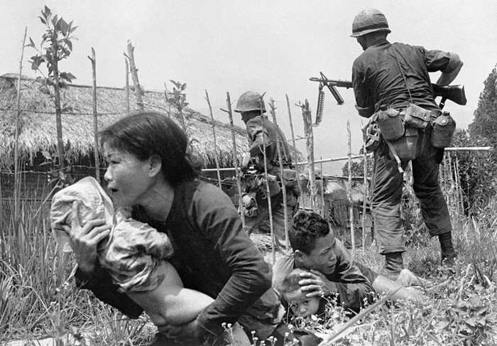 vietnamese_woman_as_us_marines_storm_the_village_of_my_son_near_da_nang_searching_for_vc_25_april_1965.jpg