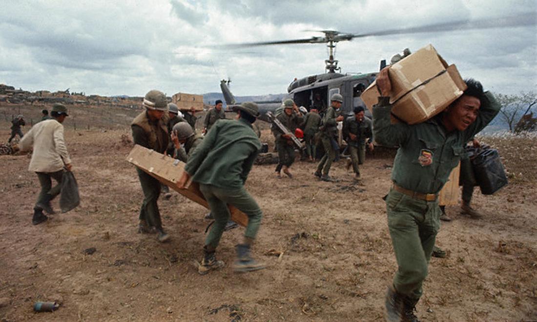 arvn_receiving_supplies_in_laos.jpg