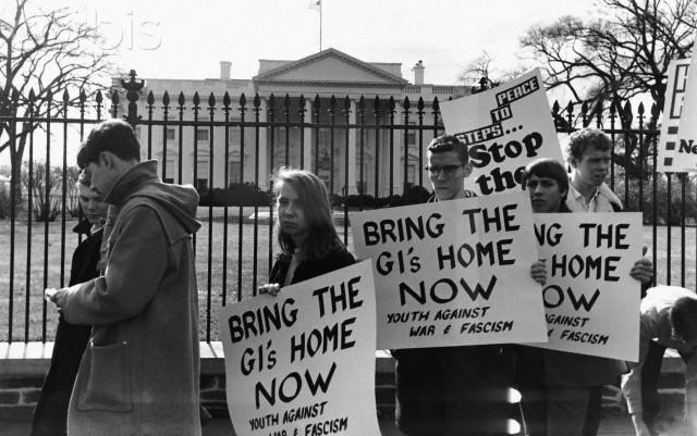 anti_war_march2.jpg