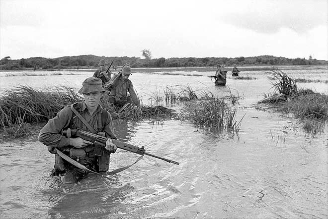 soldiers_2rarnz_cross_a_rice_paddy.jpg