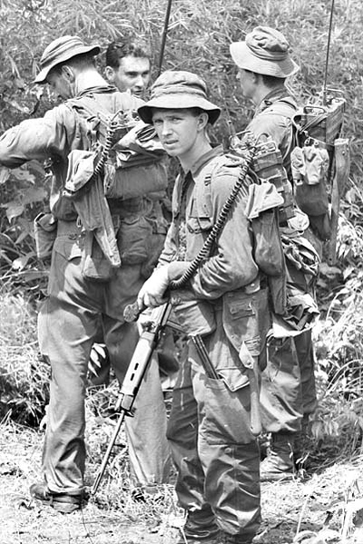 anzac_infantry_on_patrol.jpg