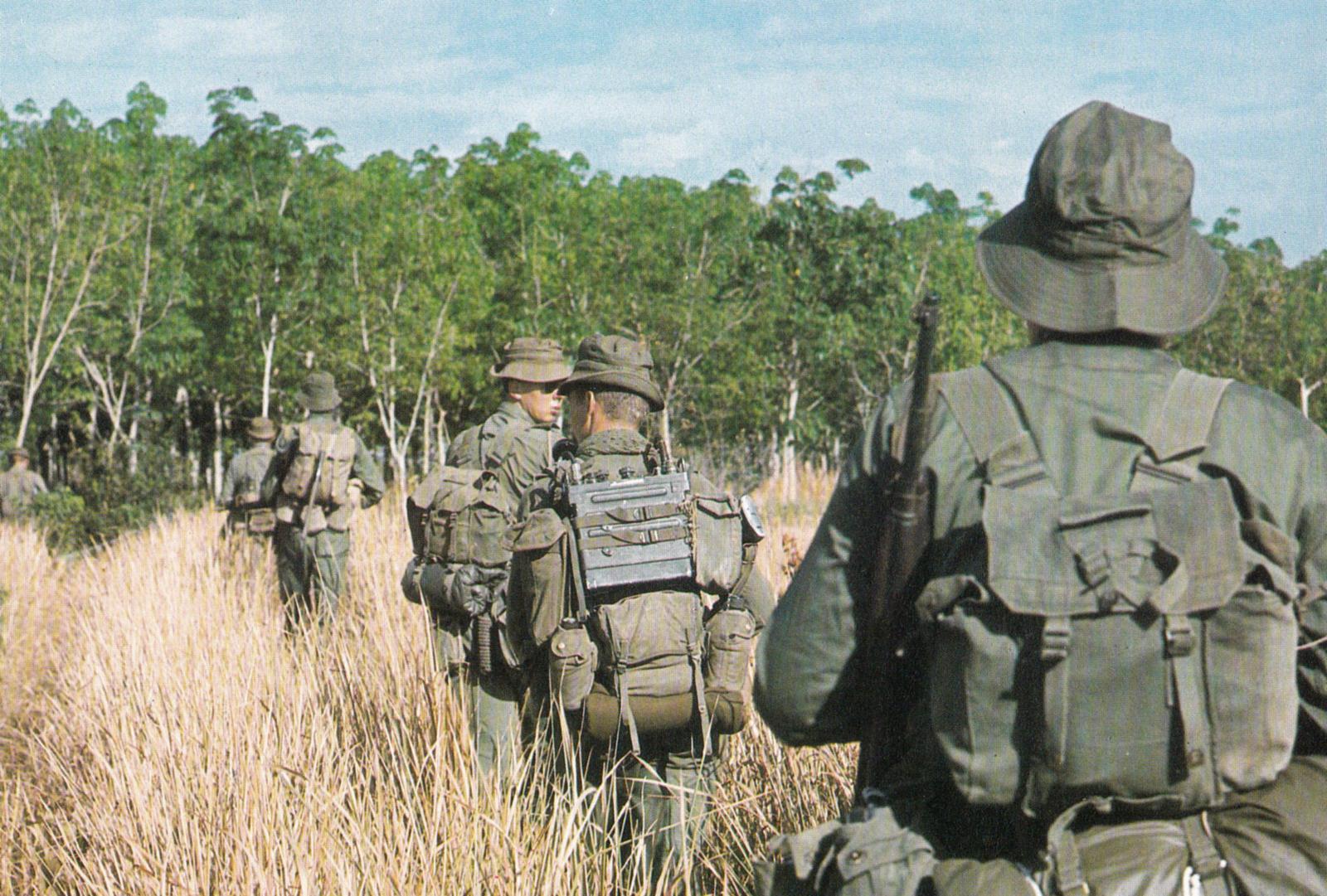 australian_infantry_on_patrol.jpg