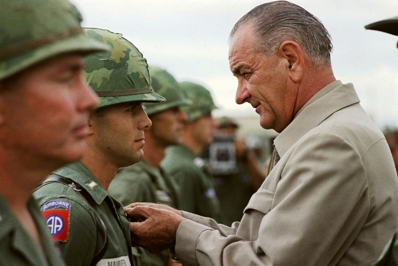 lbj_w_soldiers_in_vietnam.jpg