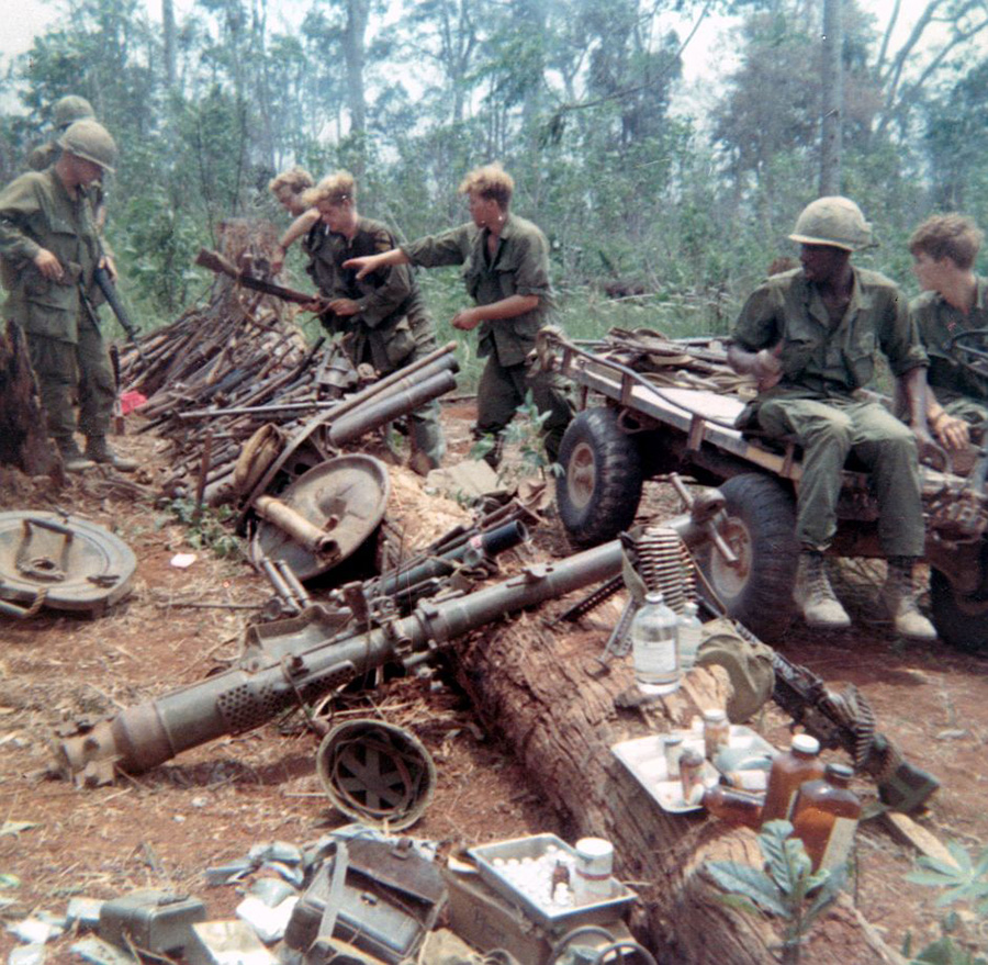 captured_enemy_weapons_route_9_khe_sanh.jpg