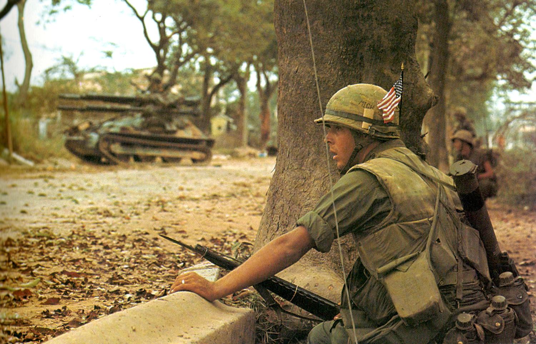 196802_us_marine_hue_battle.jpg