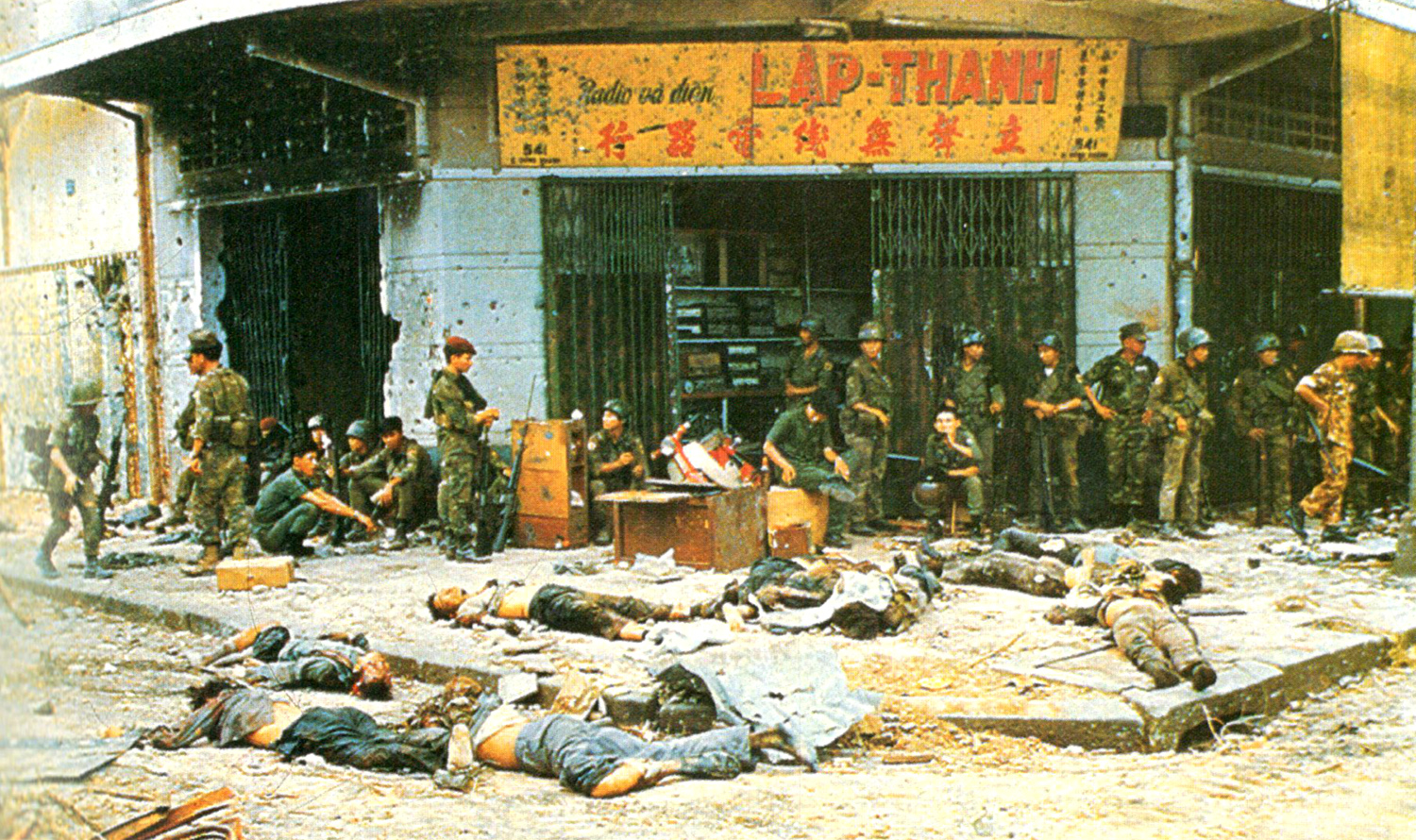 196802_arvn_troops_at_rest_in_cholon.jpg