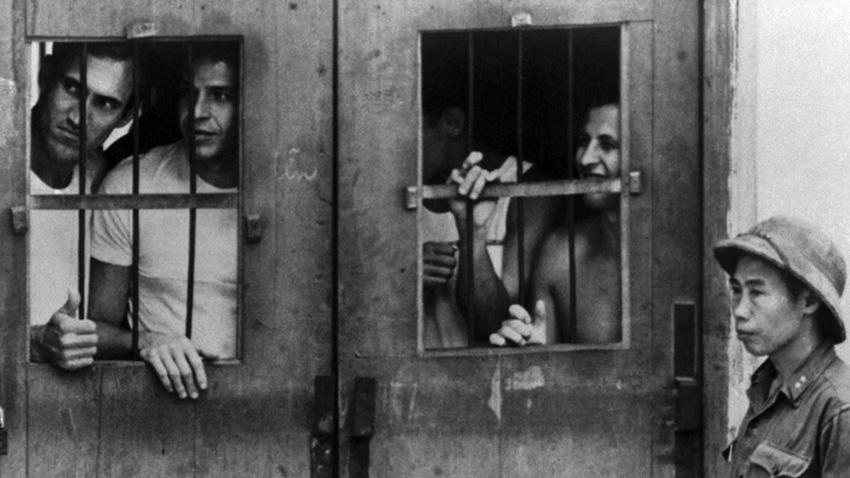 us_prisoners_hanoi_hilton.jpg